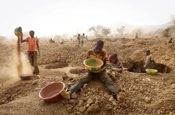 Gold-mining in Burkina Faso