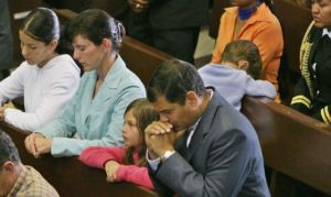 Rafael Correa, Ecuadorean President with his family at Mass