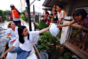 food distribution in Philippines