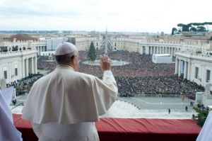 Pope addresses issues of violence
