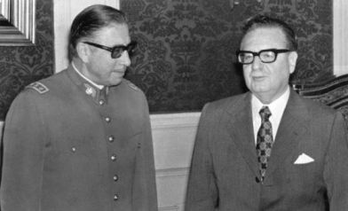 Allende (right ) with General Pinochet leader of the military coup