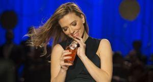 Soda Steram Scarlett