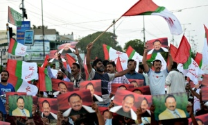 supporters of Altaf Hussain in Karachi