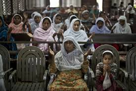 worship in persecuted church in Pakistan